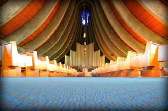 church-center-aisle