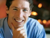 Joel Osteen displaying good body language and eye contact