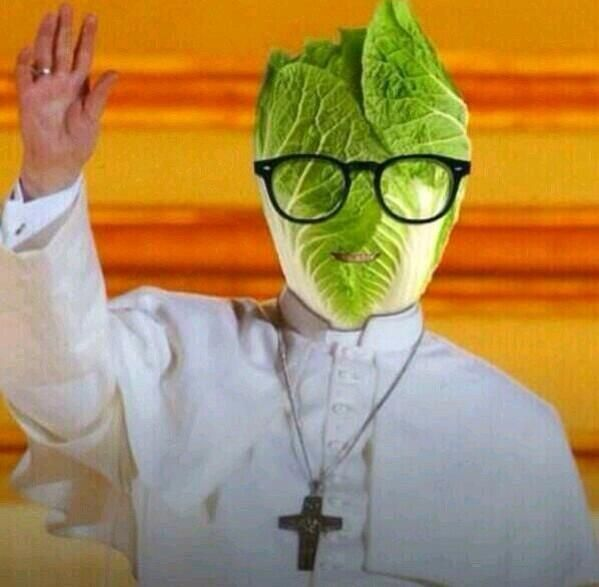 Lettuce Pray from _ChristianHumor Twitter