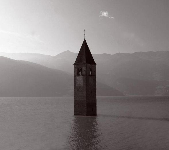 sinking-church-588