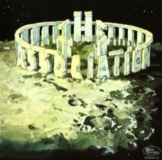 With my limited knowledge of Stonehenge, I probably wouldn't have been able to tell this old album cover from the real thing